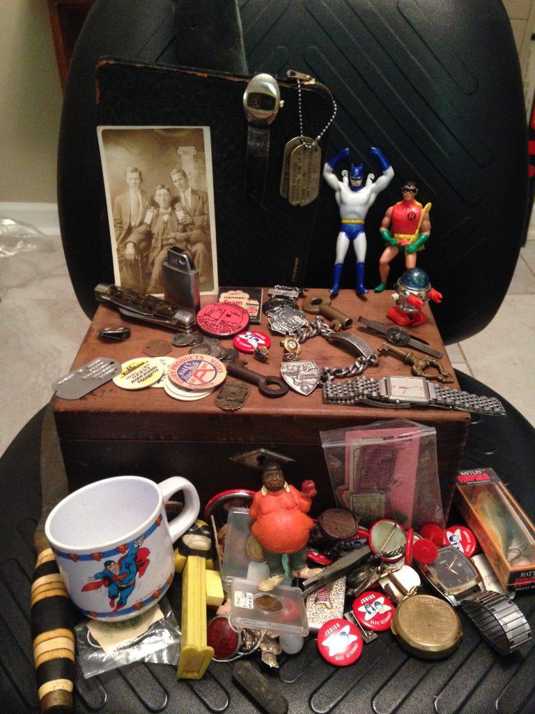 Vintage Trinkets Smalls Love em