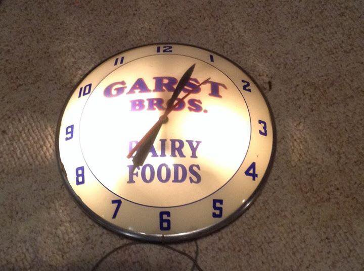 garst-bros-clock